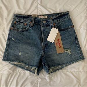 Levis Wedgie Shorts